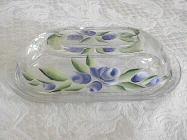 BUTTER DISH BLUE FLOWERS.JPG (24386 bytes)